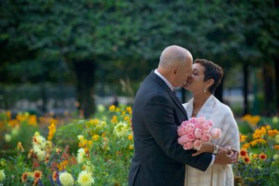 Love gracefully wedding in paris