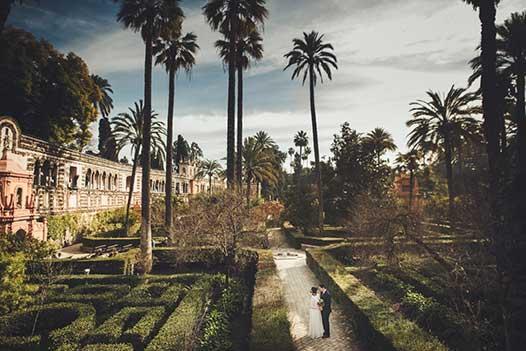 Love Gracefully ceremonies in Seville