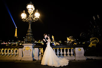 How to elope in Paris? With Love Gracefully is easy!
