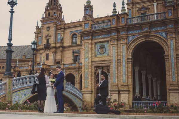 Colorful, sunny eloping in Seville in Plaza España with music