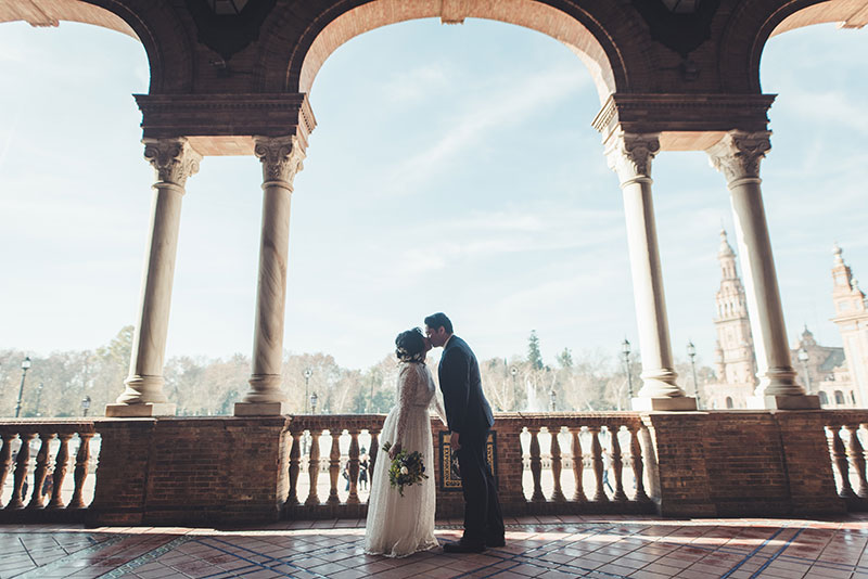 Custom and Intimate elopement in Seville