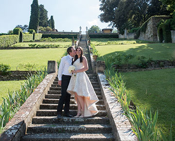 We have 5 packages of Florence elopement ceremonies