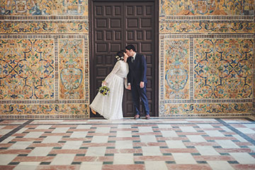 Colorful and unique elopement in Seville